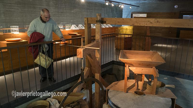 Reproducción de un molino tradicional. Museo del Pan. Mayorga. Valladolid. Castilla y León. España. ©Javier Prieto Gallego