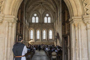 Entrada al refectorio de Monjes del Monasterio cisterciense de Santa María de Huerta. Soria. Castilla y León. España. © Javier Prieto Gallego
