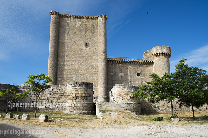 Castillo de Villafuerte de Esgueva. El castillo fue edificado entre 1464 y 1480 por Garci Franco de Toledo, noble vallisoletano proveniente de una familia de judíos conversos. Valladolid. Cerrato Castellano. Castilla y León. España. © Javier Prieto Gallego