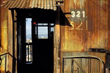 Entrada superior del ascensor de Monjas, en la ciudad chilena de Valparaíso. Chile, 1994 Javier Prieto Gallego ©