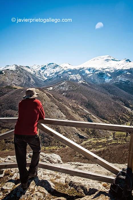 Senda del Gigante del Valle Estrecho. Palencia. Castilla y León. España. © Javier Prieto Gallego