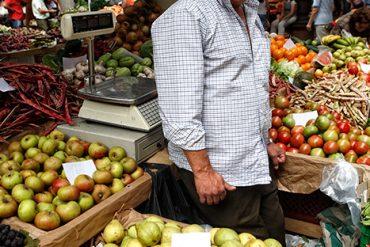 Puestos de fruta. Mercado dos Lavradores. Funchal. Portugal. © Javier Prieto Galleg