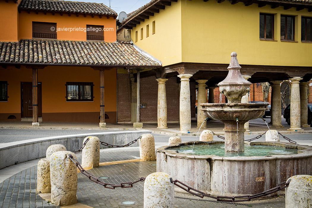 Plaza de Becerril de Campos. Palencia. Castilla y León. España, 2015 © Javier Prieto Gallego;