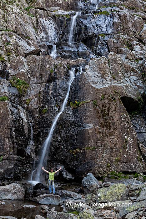 Ruta a la cascada de La Miacera o Meancera. Localidad de El Gasco. Comarca de Las Hurdes. Cáceres. Extremadura. España.© Javier Prieto Gallego;