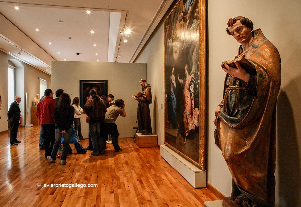 Piezas de la Sala Manierista del Museo Nacional de Escultura expuestas en el Palacio de Villena. Valladolid. Castilla y León. España 2006 © Javier Prieto Gallego