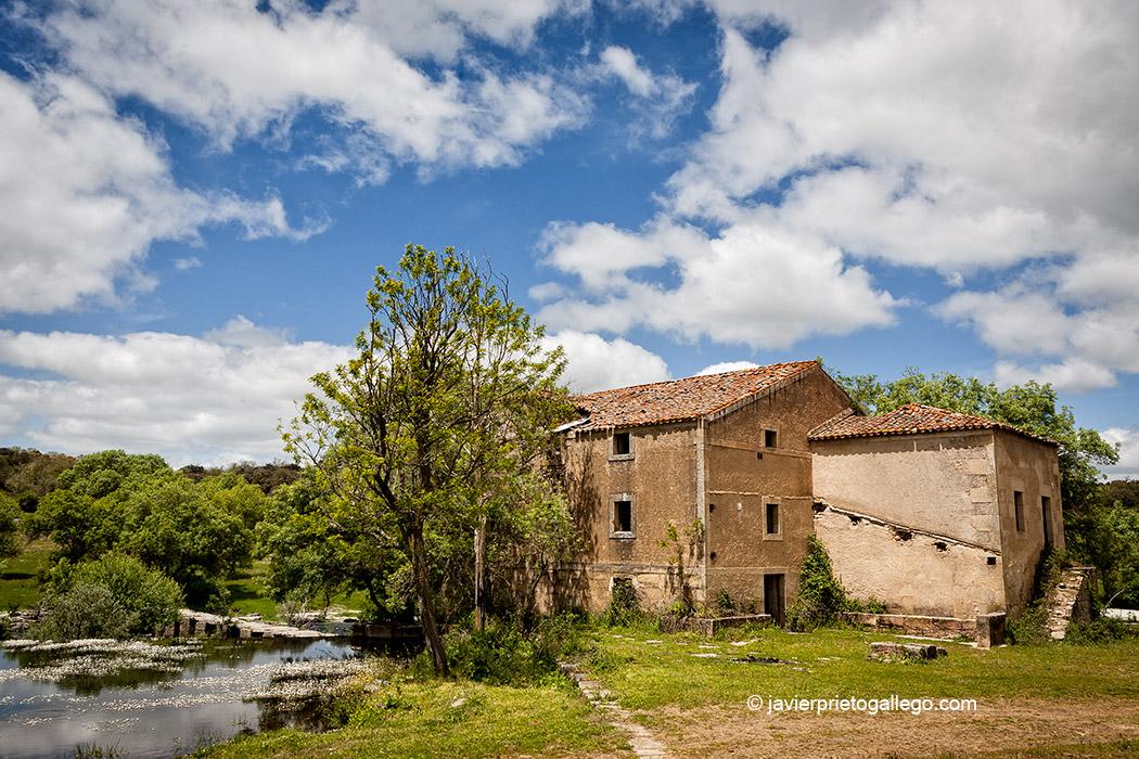Fábrica de harinas de la localidad de Gema de Yeltes. Salamanca. Castilla y León. España. © Javier Prieto Gallego