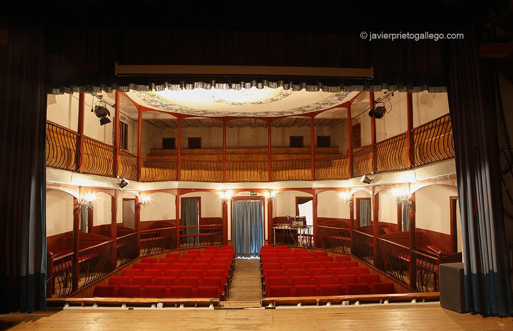 Teatro del Liceo. Inaugurado en 1876. Localidad de Sequeros. Salamanca. Castilla y León. España. © Javier Prieto Gallego