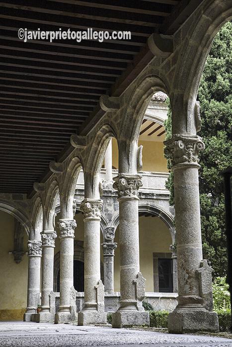 Claustro del Monasterio de Yuste. Localidad de Cuacos de Yuste. Comarca de la Vera. Cáceres. Extremadura. España. © Javier Prieto Gallego