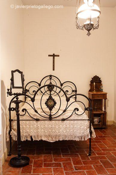 Dormitorio. Museo Casa de José Zorrilla. Valladolid. Castilla y León. España, 2008 © Javier Prieto Gallego