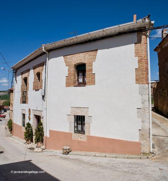 Casa rural Vega del Duero. Localidad de Roturas. Valladolid. Castilla y León. España © Javier Prieto Gallego