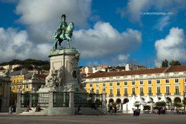 Estatua del rey José I inaugurada en 1775, en la plaza del Comercio. Lisboa. Portugal. © Javier Prieto Gallego;