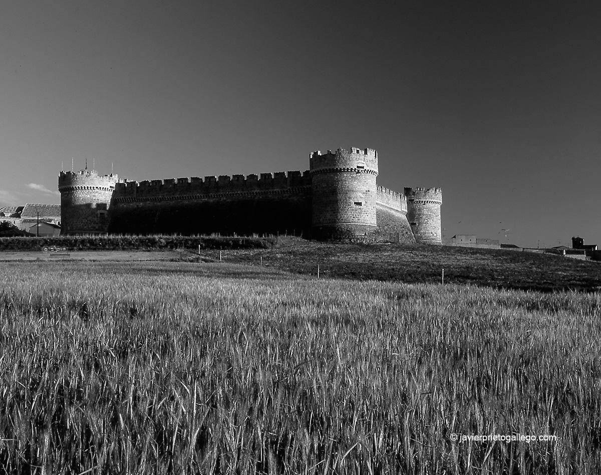 Castillo de Grajal de Campos. León. Castilla y León. España. © Javier Prieto Gallego