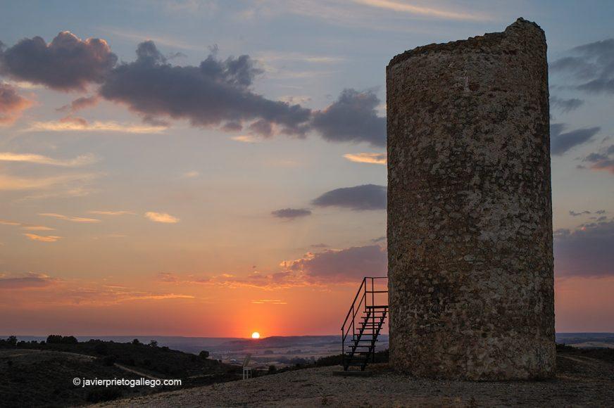 Atalaya defensiva musulmana de Quintanilla de los Barrios. Cerca de San Esteban de Gormaz. Camino del Cid. Soria.