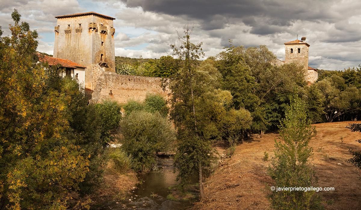 Torreón de Fernán González en la localidad de Covarrubias junto al río Arlanza. Burgos. Castilla y León. España. © Javier Prieto Gallego
