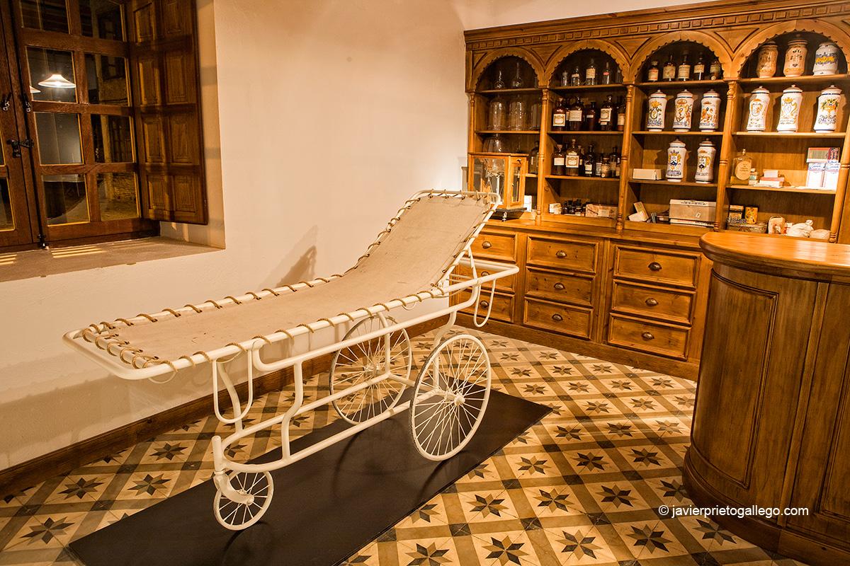 Reproducción de una farmacia en el Museo de la Siderurgia y la Minería de Castilla y León. Localidad de Sabero. León. Castilla y León. España © Javier Prieto Gallego