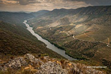 Ruta de los Contrabandistas. Parque Natural Arribes del Duero. Hinojosa de Duero. Salamanca. Castilla y León. España © Javier Prieto Gallego;