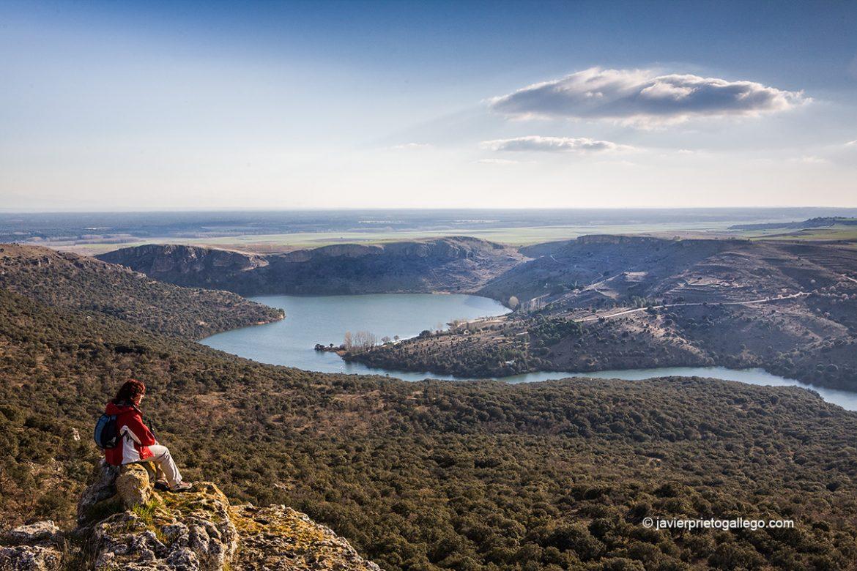 Vistas del embalse de Las Vencías desde el cerro de San Blas. Fuentidueña. Segovia. Castilla y León. España. © Javier Prieto Gallego