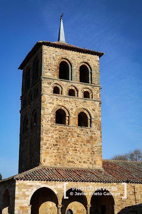 Torre románica de Santa María de Tábara. Tábara. Sierra de la Culebra. Zamora. Castilla y León. España.