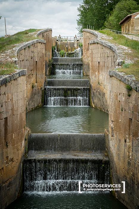 Grupo de esclusas del Canal de Castilla en Frómista. El Camino de Santiago a su paso por Palencia. Palencia. Castilla y León. España. © Javier Prieto Gallego