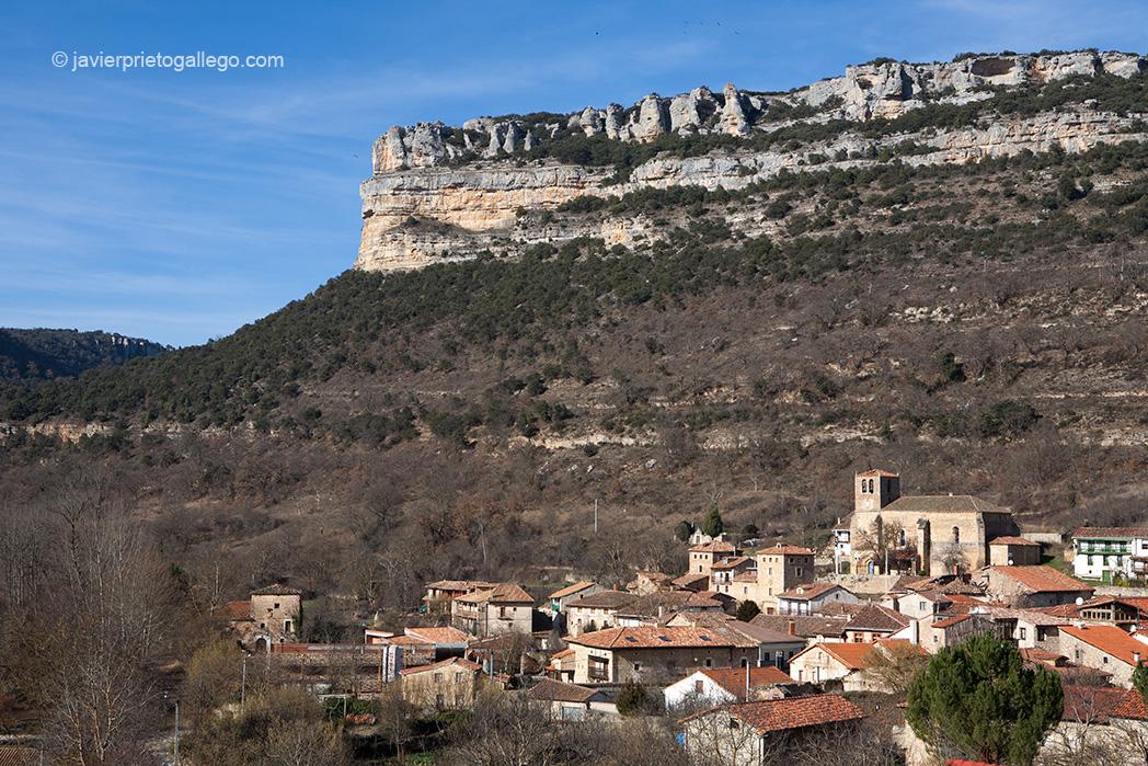 Localidad de Escalada. GR. 99. Cañones del Ebro. Burgos. España.© Javier Prieto Gallego