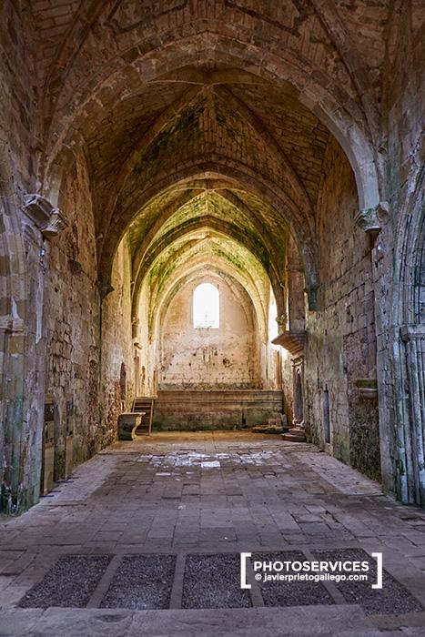 Interior de la iglesia del Monasterio de Santa María de Rioseco tras las labores de restauración. Valle de Manzanedo. Las Merindades. Burgos. Castilla y León. España. © Javier Prieto Gallego