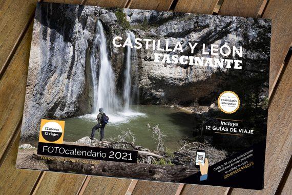 """Portada del calendario de 2021""""Castilla y León: 12 meses, 12 viajes""""."""